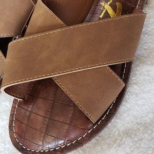 Brand new Seven7 Sandals